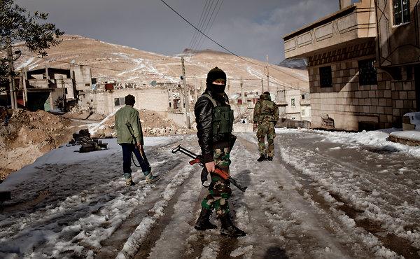 Αντικαθεστωτικοί μαχητές στη Ρανκούς της Συρίας